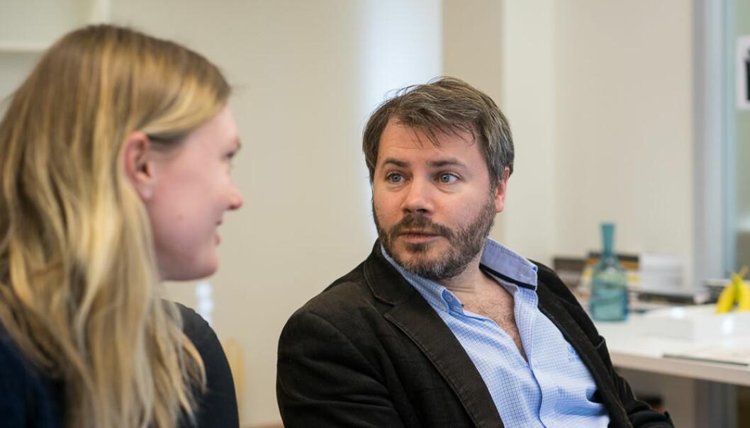 Redaktør Andresen og Minervas kulturredaktør og daglige leder Ingebjørg Sofie Larsen.