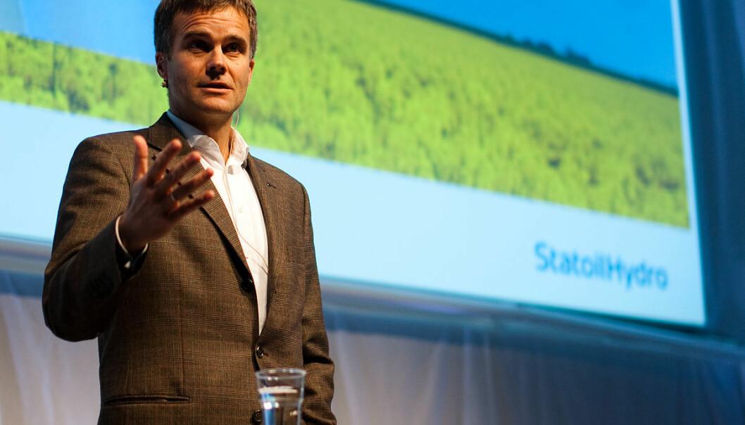 Da Helge Lund (bildet) overtok Statoil, hadde selskapet 150 milliarder kroner på bok. Under ham og etterfølgeren Eldar Sætre er pengene brukt opp, og selskapet har 580 milliarder kroner i gjeld og fordringer, skriver Mats Kirkebirkeland.Foto: Fotogjengen ved Studentersamfundet i Trondhjem, CC BY-SA 3.0
