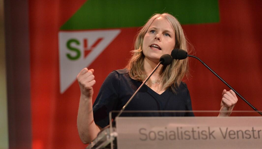 Leder i SVs programkomité Kirsti Bergstø mener det kan være nødvendig å regulere arbeidsinnvandringen. Forslaget åpner i praksis for en mer betydelig innstramming av innvandringspolitikken enn selv de mest radikale forslagene fra Frp, skriver Torstein Ulserød.