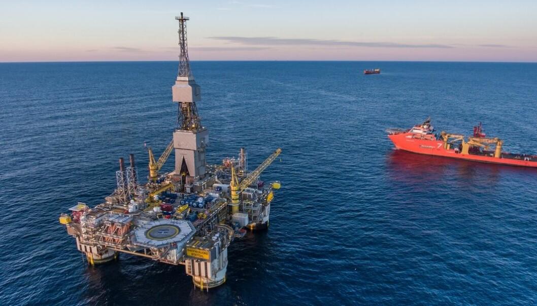 Oljefondet og petroleumsutvinning blir etterhvert ikke nok til å dekke galopperende utgiftsøkninger.