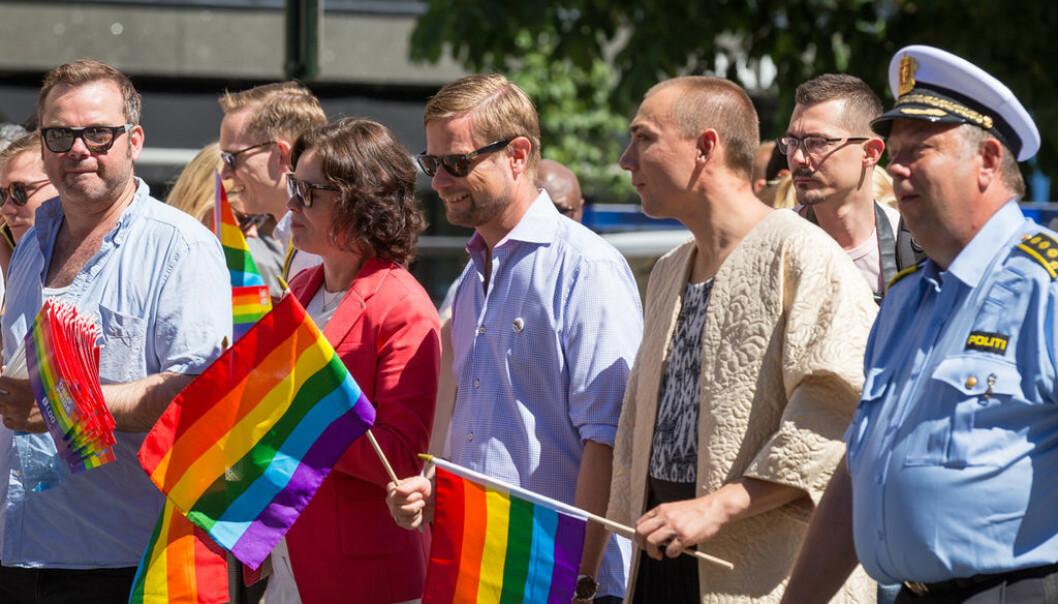 Barne- og familieminister Solveig Horne i paraden under Oslo Pride 2015.