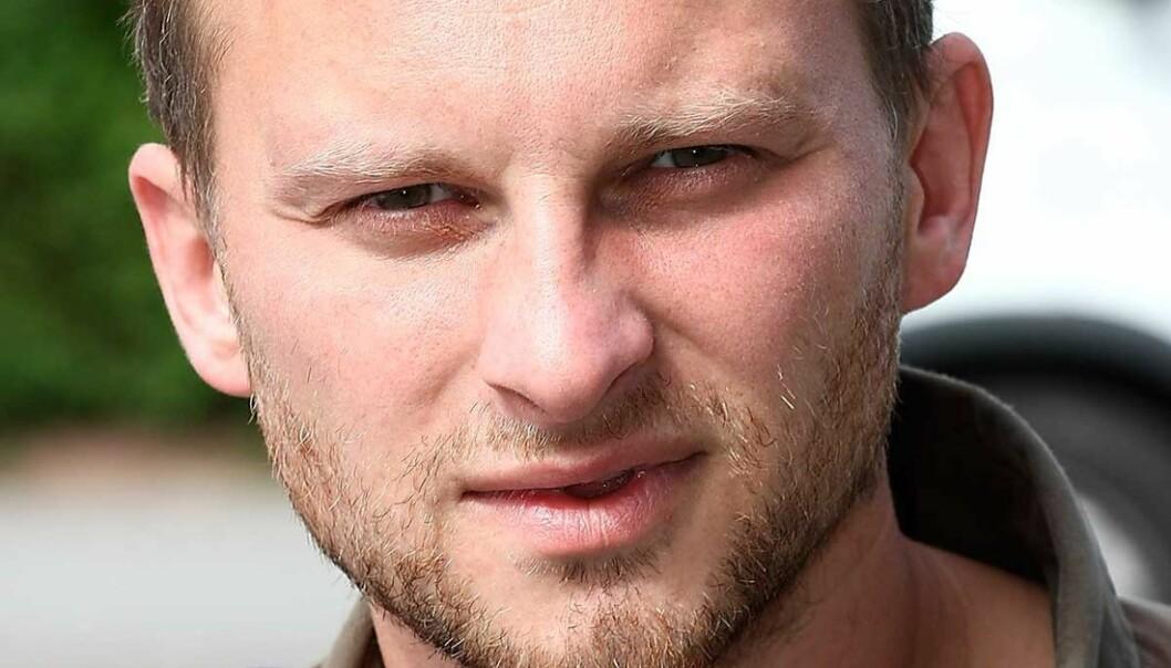 Er Aleksej Sachnin rett og slett en idealist som går sine egne veier, likegyldig om dette gang på gang bringer ham i dårlig selskap, spør artikkelforfatteren.