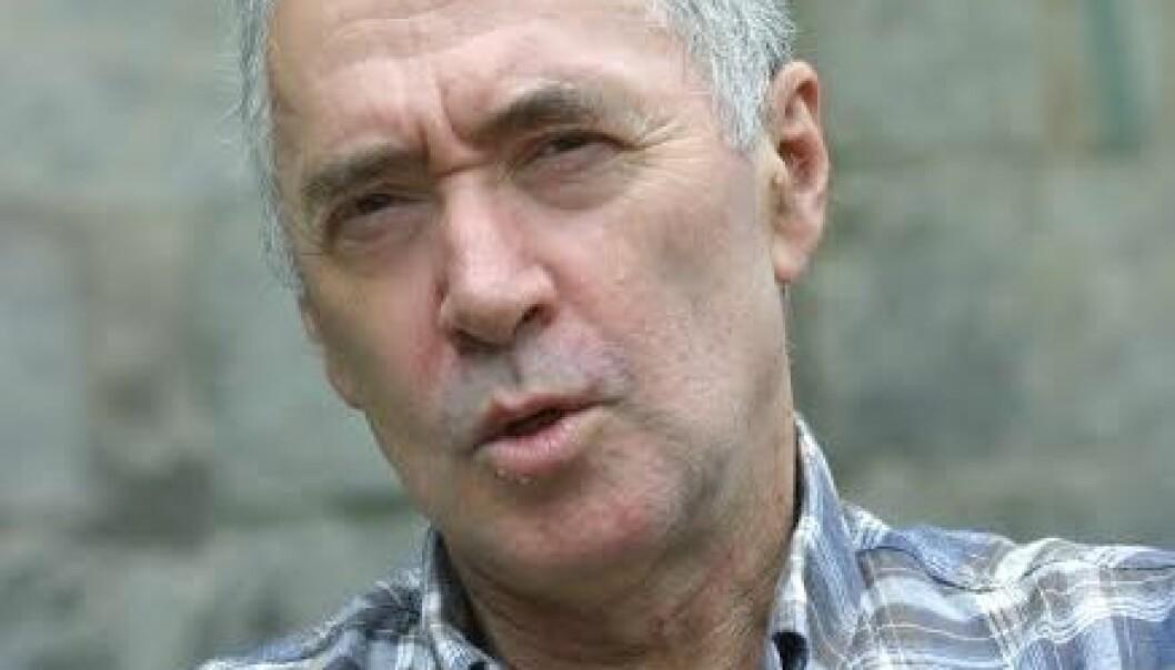 """Kaj Skagen har skrevet en """"biografi"""" om Norge."""