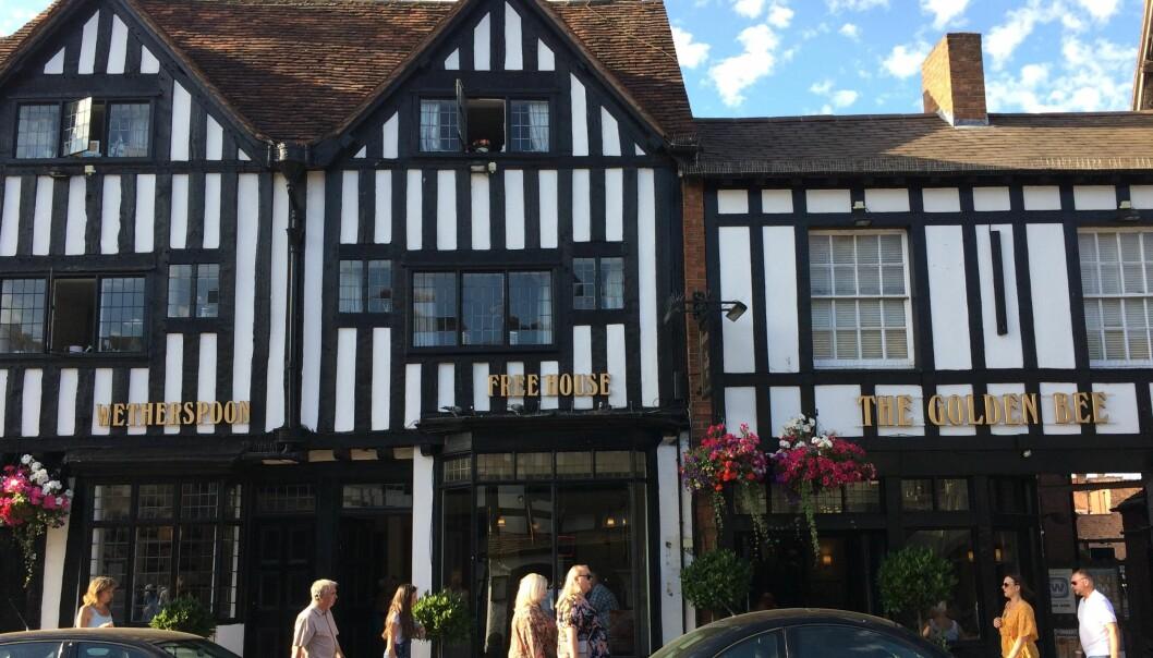 Wetherspoon pub, Stratford-upon-Avon
