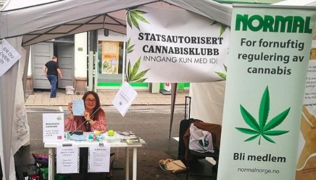 Arendalsuka begrunner avslaget med at de mener at Normal Norge reklamerte for salg og bruk av cannabis på sin stand i fjor.