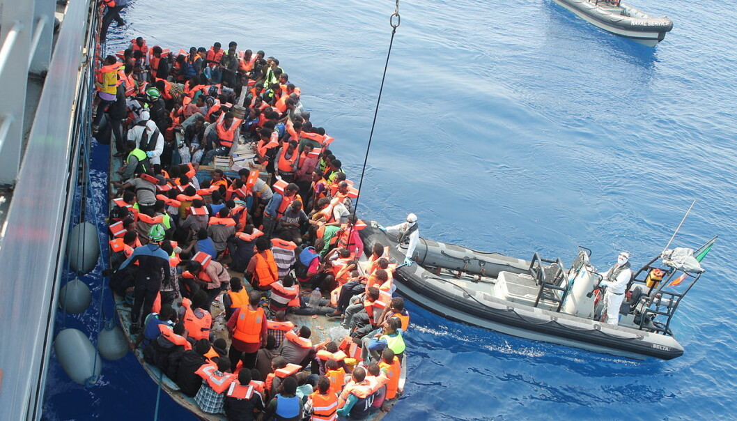 Irish Naval personnel from the LÉ Eithne (P31) rescuing migrants as part of Operation Triton.