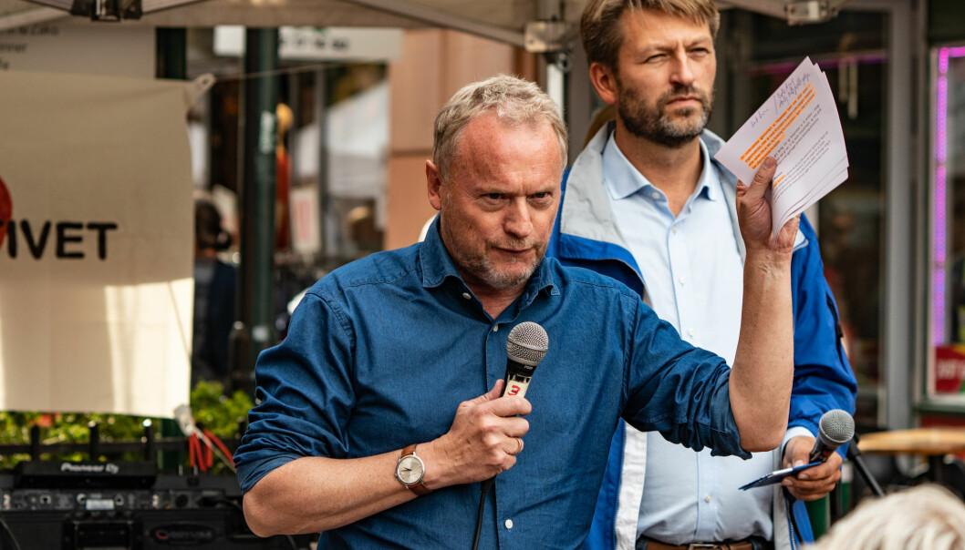 Raymond Johansens byråd har vedtatt en boikott av israelske varer fra okkuperte områder på Vestbredden. I Bodø og Tromsø ble lignende forslag avvist fordi man mente det ikke var kommunens oppgave å drive med slikt, skriver Bård Ludvig Thorheim.