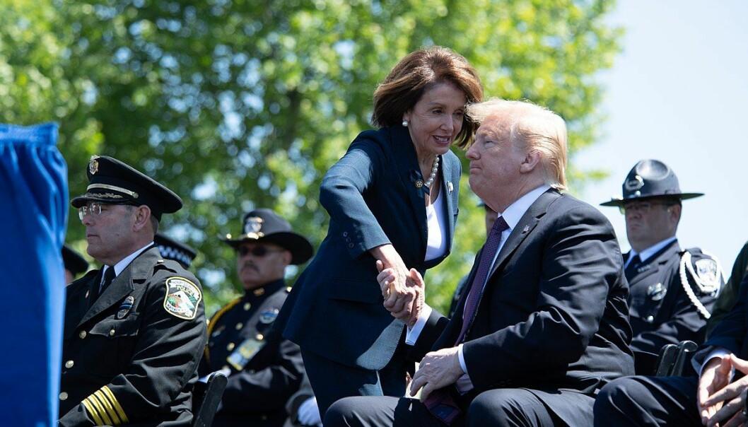 Nancy Pelosi har startet prosessen som kan føre til Trumps avgang. Foto: Office of Public Affairs, CC 2.0.