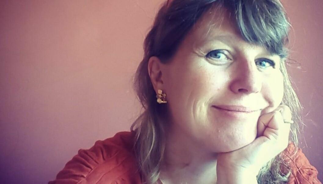 Hilde Østby er forfatter, idéhistoriker og anmelder i Aftenposten. Foto: Privat.