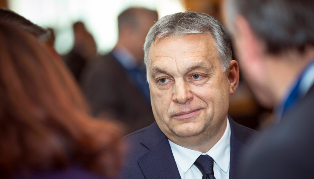 Viktor Orban styrer mot en ettpartistat, men et økende flertall av ungarerne støtter flerpartisystemet. Foto: European People's Party/Flickr (CC BY 2.0)