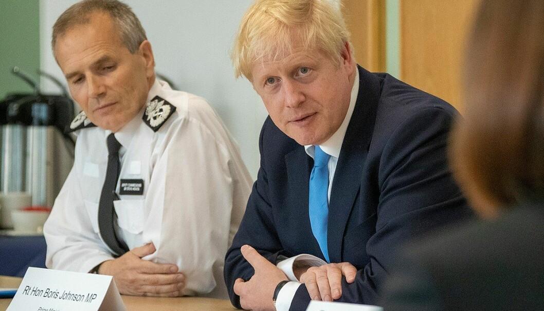 Etter mange magre år, vil Boris Johnson igjen øke offentlige utgifter, og ikke bare til konservative hjertesaker som politiet. Foto: Statsministerens kontor.