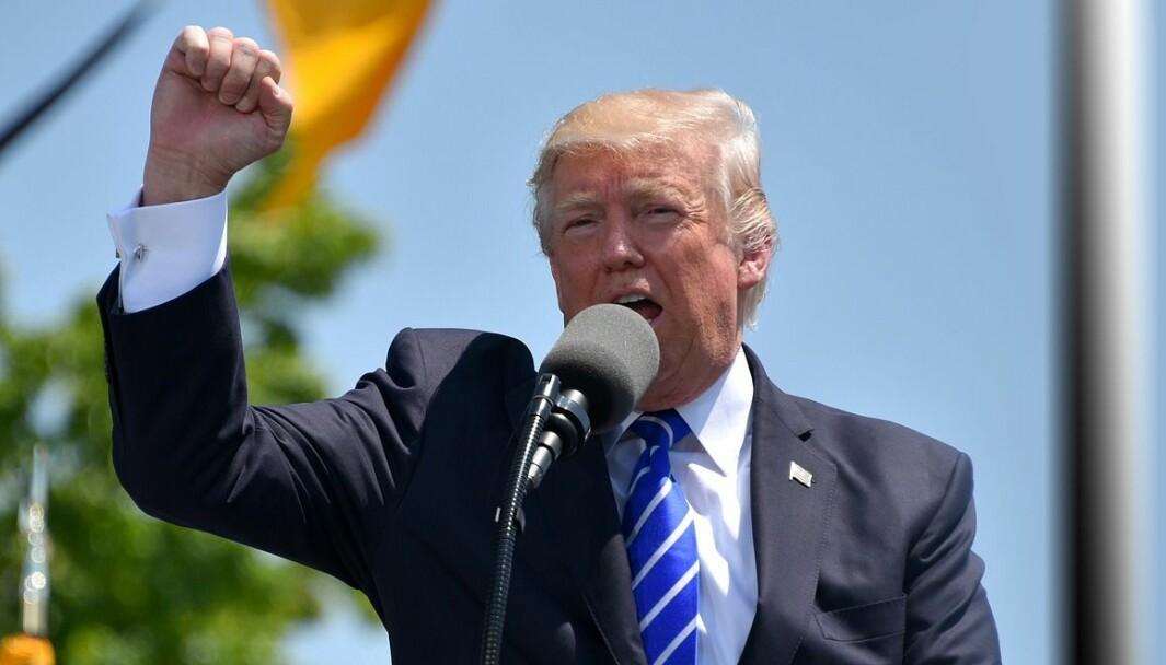 Donald Trumps løgner og forvrengninger fungerer sjokkerende bra så langt, også i denne unike situasjonen, skriver Espen Goffeng.