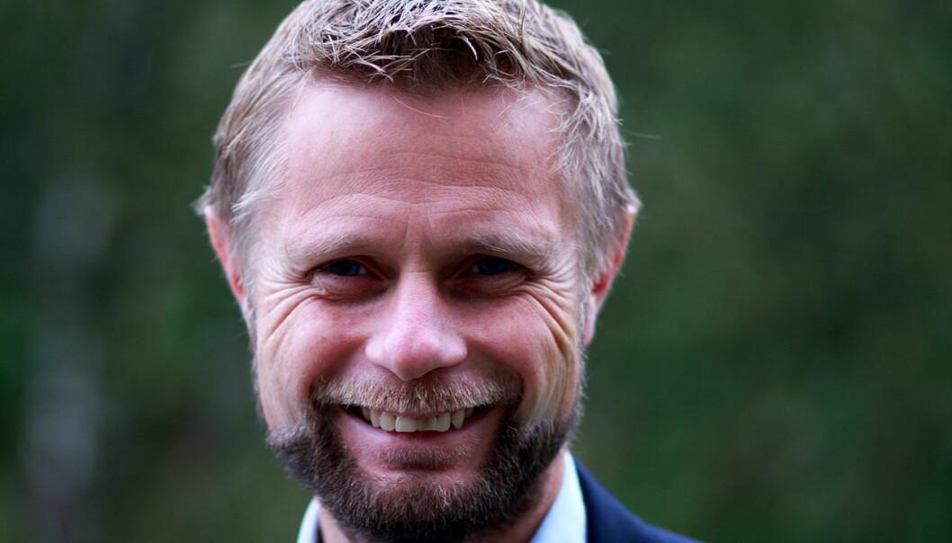 Helseminister Høie er bekymret for behandlingstilbudet til transpersoner trekkes inn i en ideologisk identitetspolitikk.