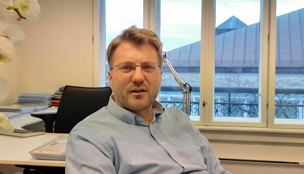 Espen Ottosen er aktuell med boka «En annerledes vei: Motstrøms om kjønn, kjærlighet og sex».