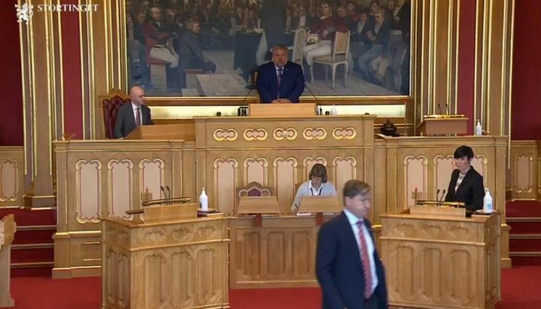 Christian Tybring-Gjedde forlot tirsdag talerstolen idet utenriksminister Ine Eriksen Søreide ytret seg på en måte som kunne fremstå som kritisk til Tybring-Gjeddes holdninger om innvandring.