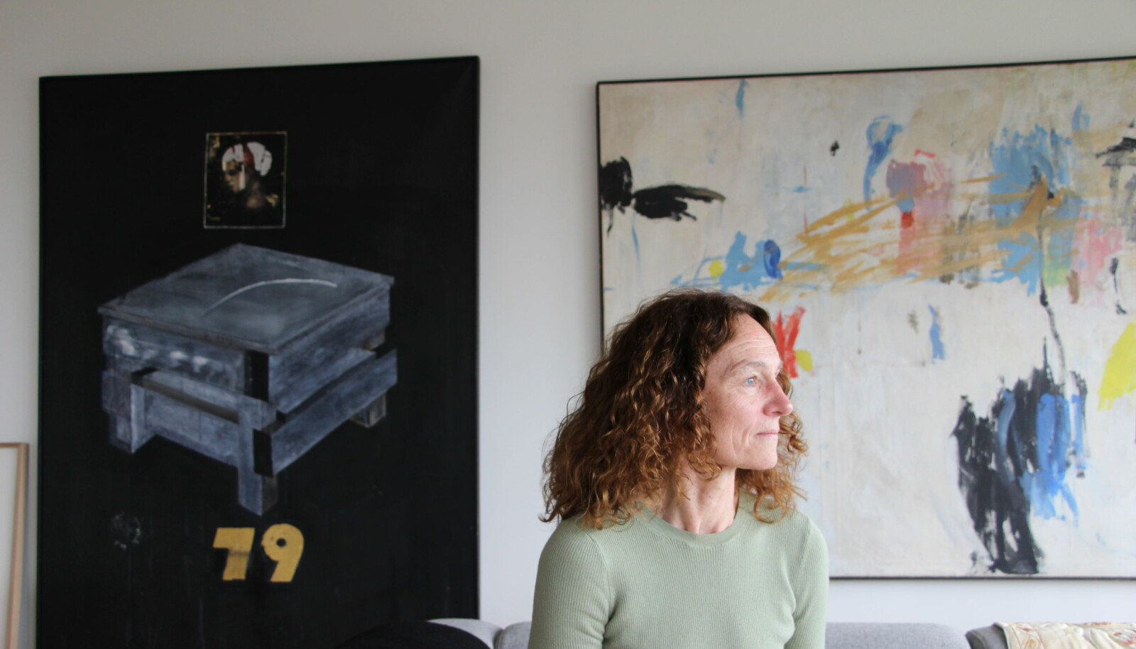 Som leder for FHI følger Camilla Stoltenberg alltid alle smitteverntiltakene, selv når de til tider kan virke absurde. Hun mener det er viktig at de som leder responsen, alltid er villige til å følge de reglene de pålegger andre.