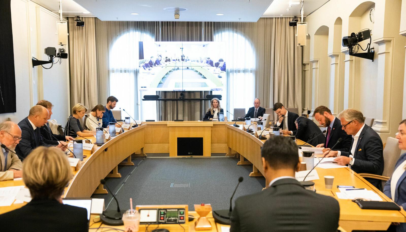 Høringen i Stortingets finanskomité 10. august.
