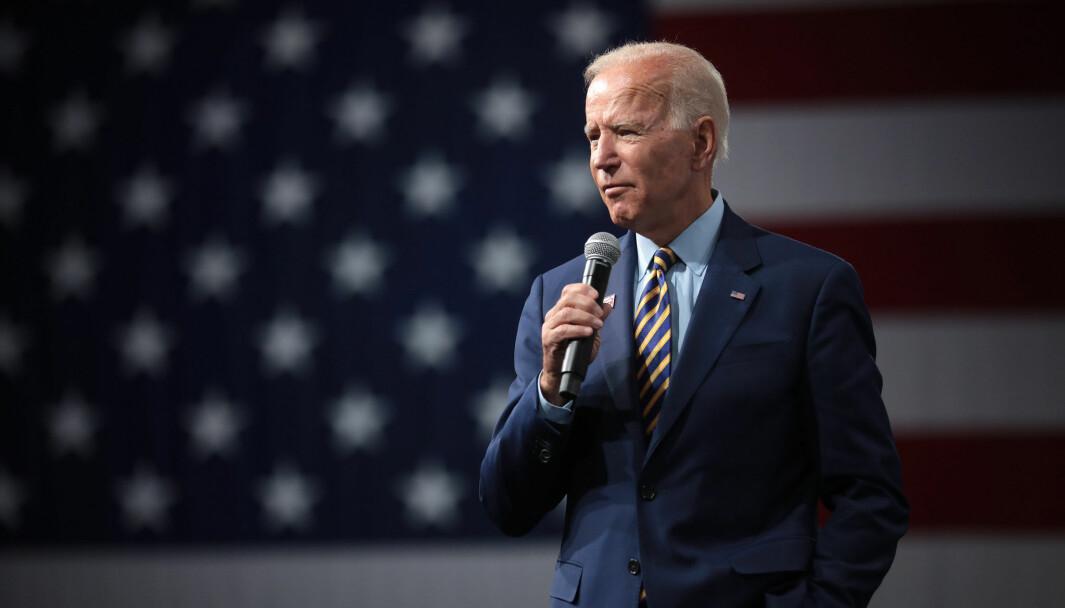 De som er redde for at Joe Biden skal la seg kue av den radikale venstresiden, bør huske at han ble stemt frem av det demokratiske partiets moderate flertall nettopp for å demme opp for den radikale fløyen, skriver Magnus Nordmo Eriksen.