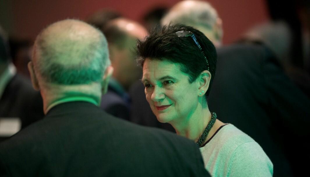 Professor i samfunnsøkonomi ved Cambridge-universitetet Diane Coyle har lenge markert seg som en økonom som ikke er redd for å stille de vanskelige spørsmålene, skriver Lars Peder Nordbakken. Coyle er aktuell med boken «Markets, State and People».