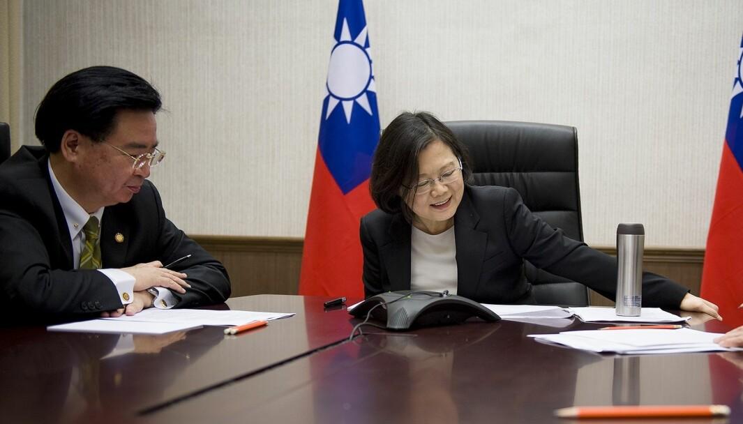 Taiwans utenriksminister Joseph Wu og president Tsai Ing-wen.