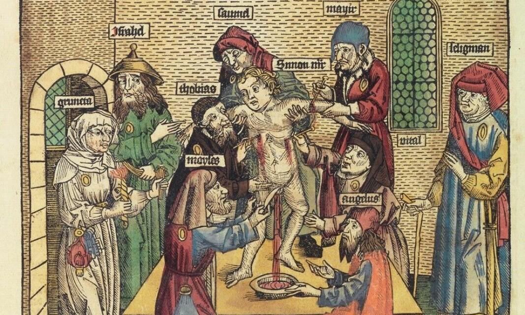 Overbevisningen om at verden styres av et satanistisk nettverk som rituelt ofrer barn, er en arketypisk forestilling som neppe vil forsvinne ved det første. Jødeprogromer gjennom middelalderen var ofte knyttet til forestillinger om at jødene bedrev rituelle offer av kristne barn.