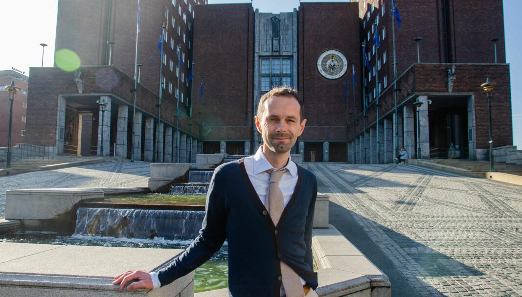 – Det var byråd Rina Mariann Hansens beslutning om å involvere bystyret i en konkret sak som tilsa at det var grunnlag for å se på regelverket i denne spesifikke saken, forklarer Venstres gruppeleder i bystyret Hallstein Bjercke.
