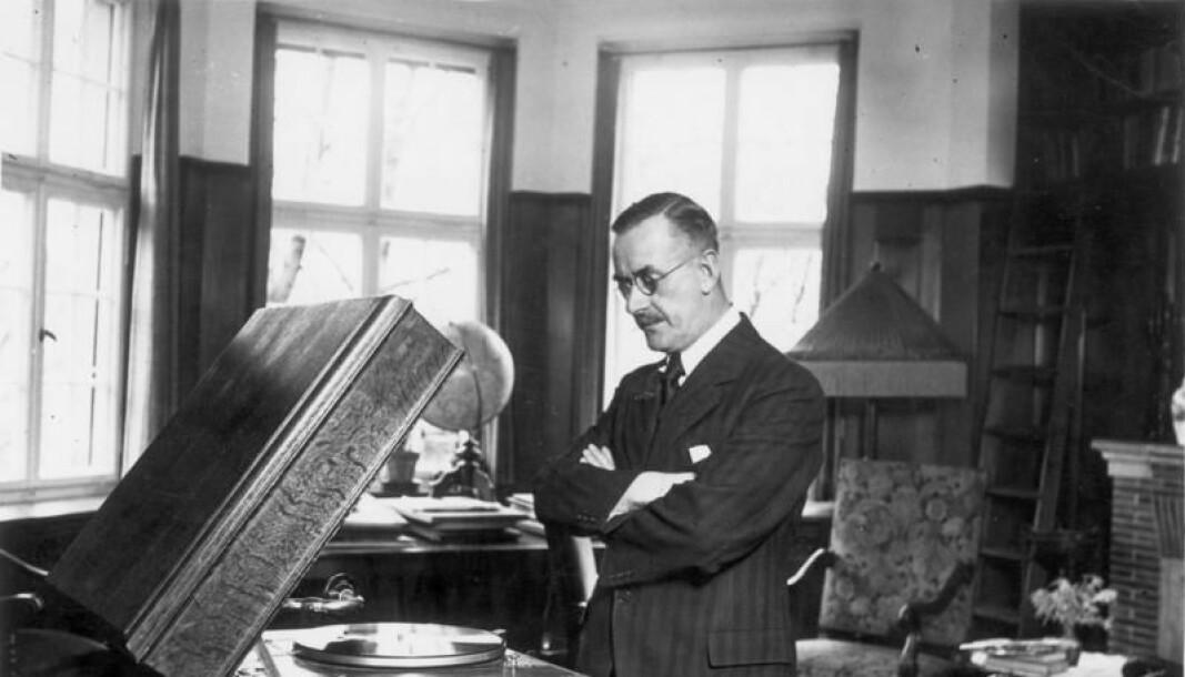 Thomas Mann i sitt hjem i München, 1932.