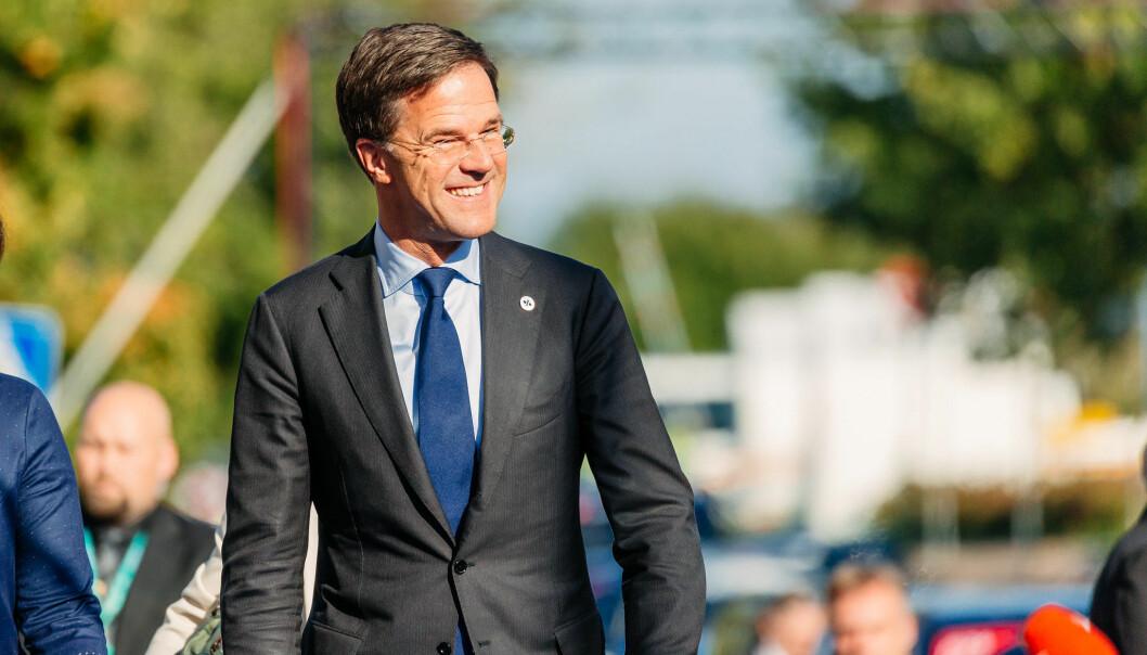 Selv om Nederlands statsminister Mark Rutte har høstet kraftig kritikk etter å ha blitt tatt i løgn, ser det ut til at han vil klare å danne en fjerde regjering, skriver artikkelforfatteren.