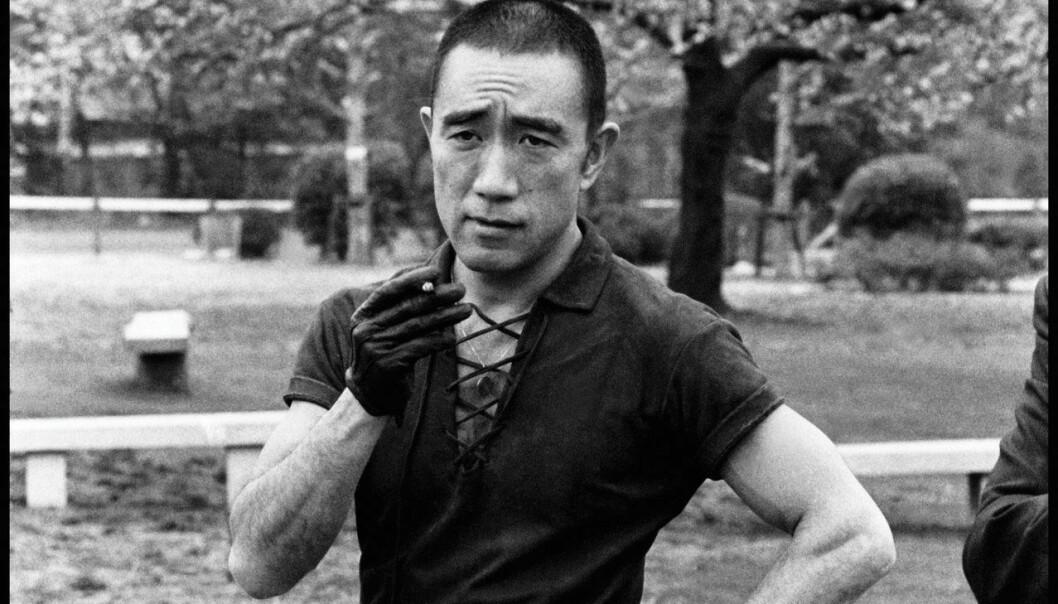 Var Yukio Mishima en fanatiker på den ekstreme høyresiden, spør Varg Lukas Folkman.