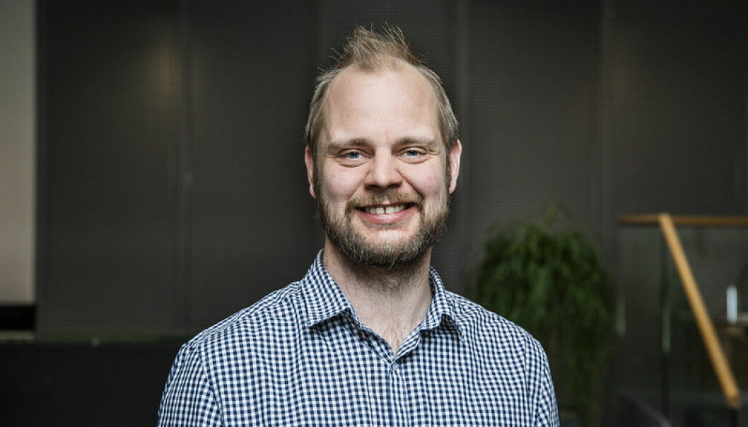 <p>Mimir Kristjánsson og Rødt vil sikre god dekning i riksdekkende radio og TV for alle landsomfattende partier som stiller lister i valg.<br></p>