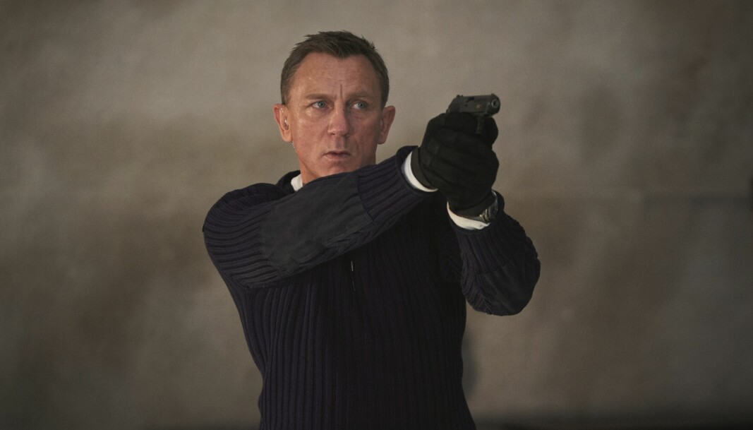 Om 10 år kommer antagelig veldig mange Bond-tilhengere til å mene at Daniel Craig er tidenes beste James Bond, skriver Eirik Løkke.